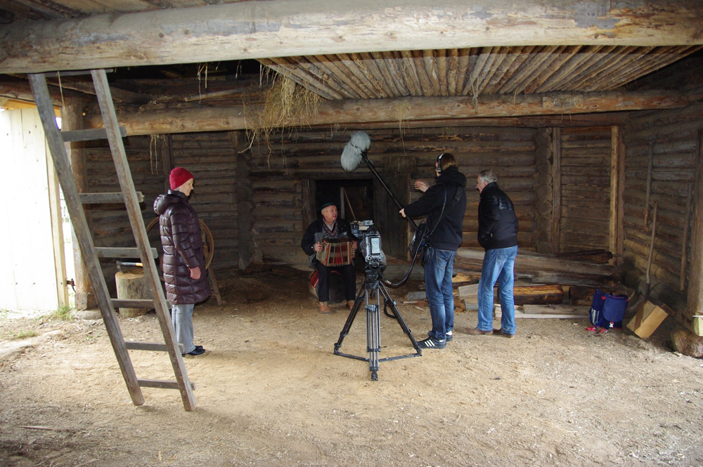 Teppo filmimine